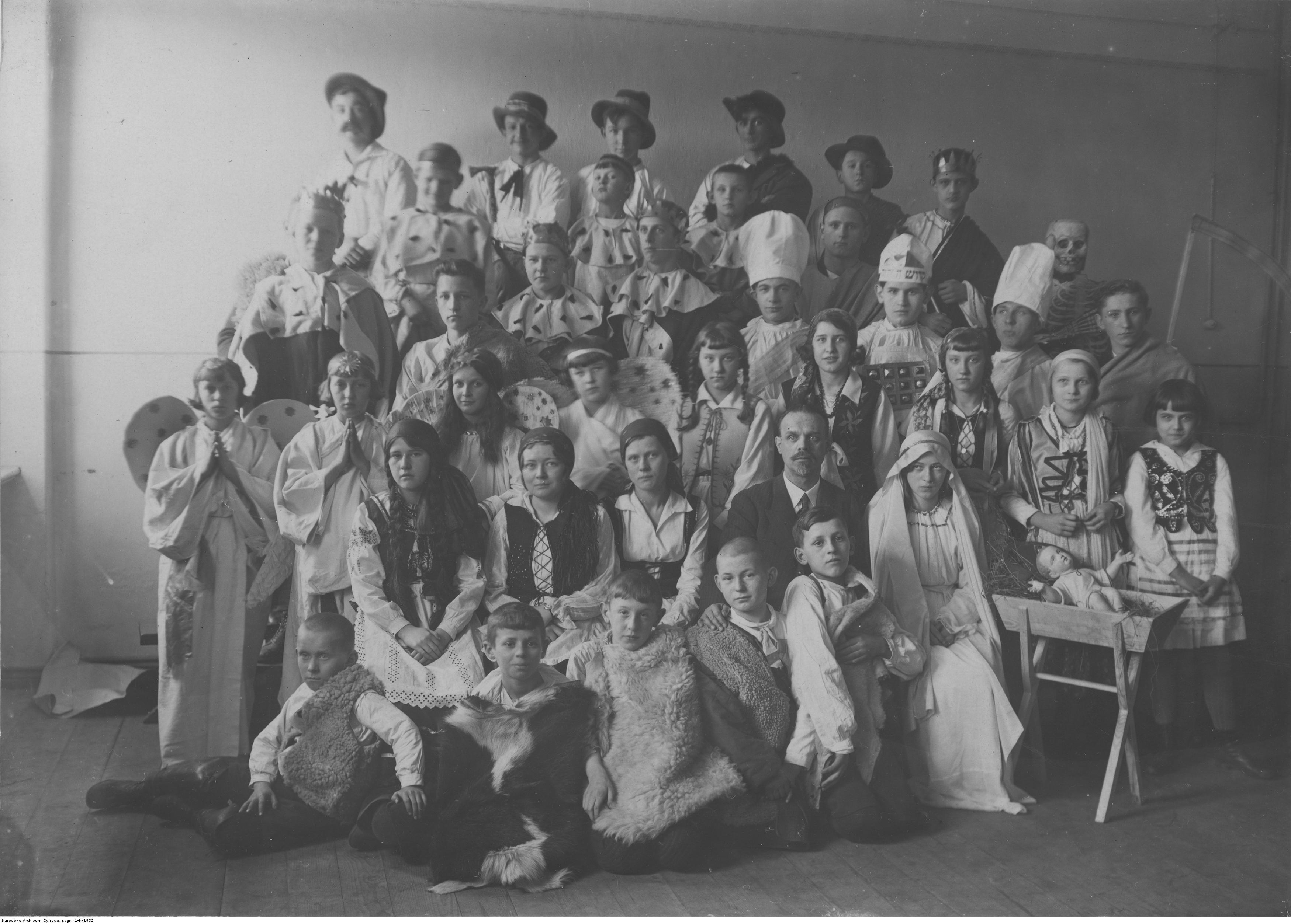 http://img.audiovis.nac.gov.pl/PIC/PIC_1-N-1932.jpg